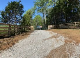 63 Acres of prime hunting land